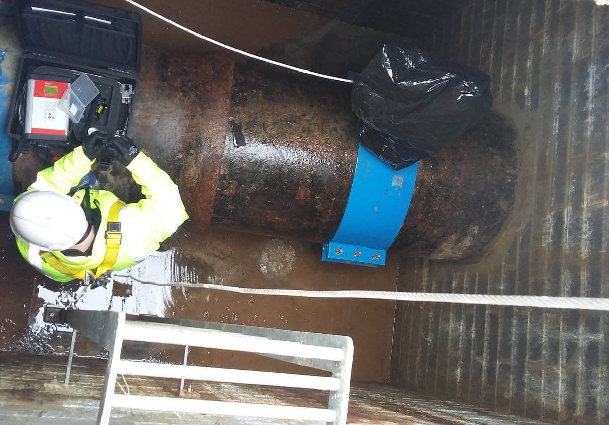Katronic engineer installing an ultrasonic flow meter at the flagship water treatment works (WTW) of a major UK water company