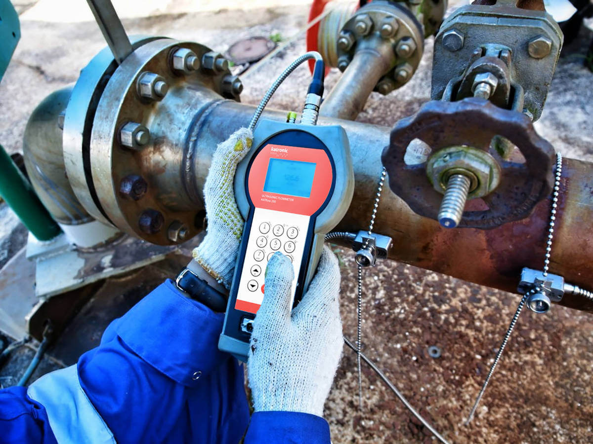 KATflow 200 clamp-on ultrasonic flow meter used by Indonesian water well drilling company Supra Indodrill