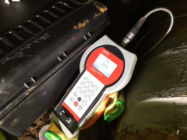 The compact and practical ultrasonic flow meter KATflow 200 was ideal for measuring in the confined conditions under the runway of major airport in Scotland.
